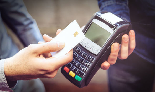 18-yas-altina-kredi-karti-veren-bankalar